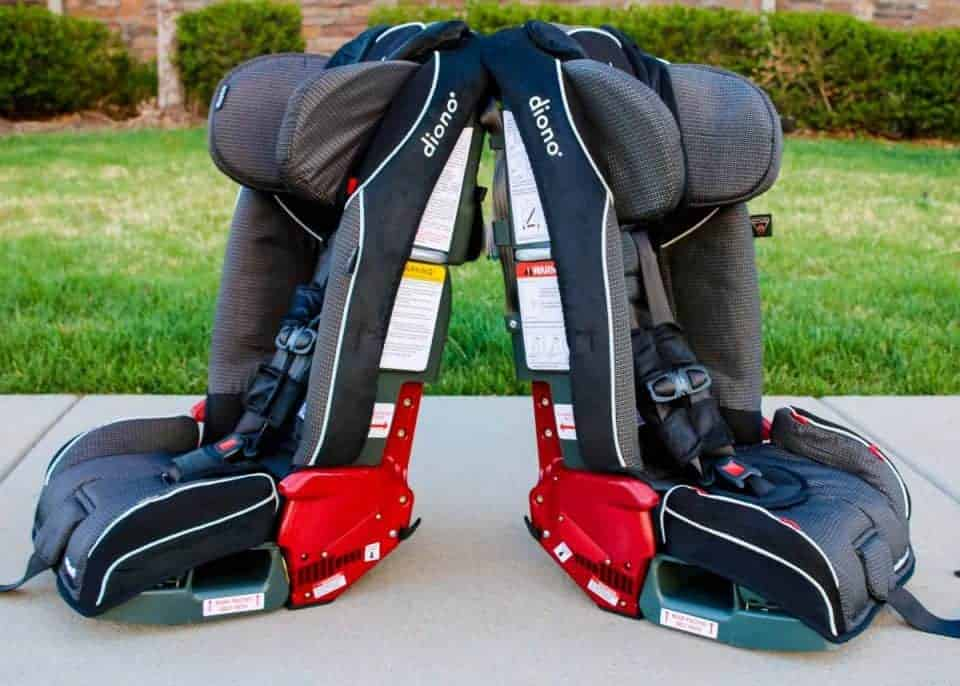 Choosing Car Seats For Twins 1 Daily Mom Parents Portal