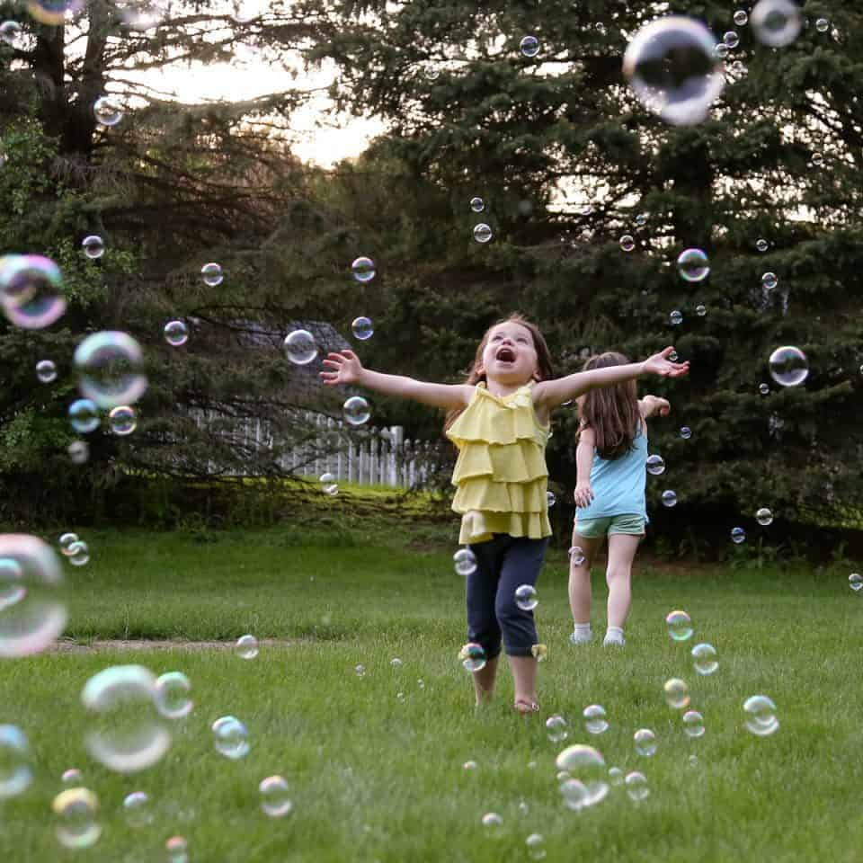 Backyard Bubbles for the Win - Introducing Fobble's Bubble Machine 3 Daily Mom Parents Portal