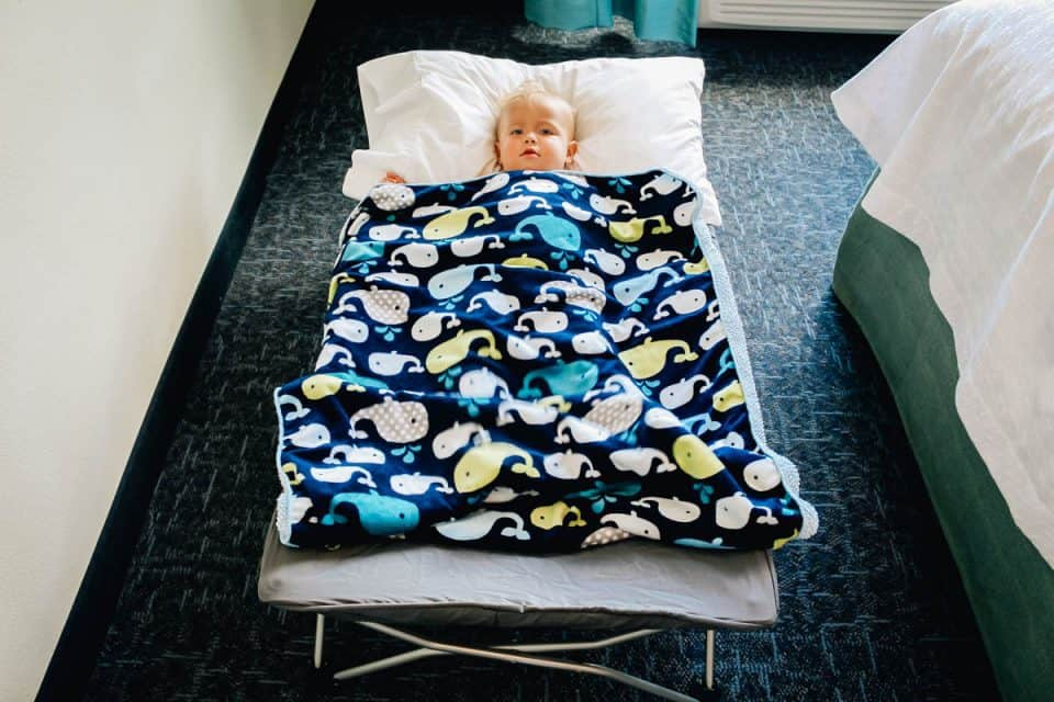 regalo baby portable toddler bed