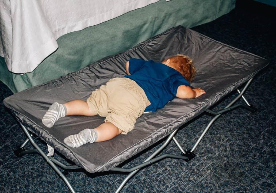 regalo baby portable toddler bed