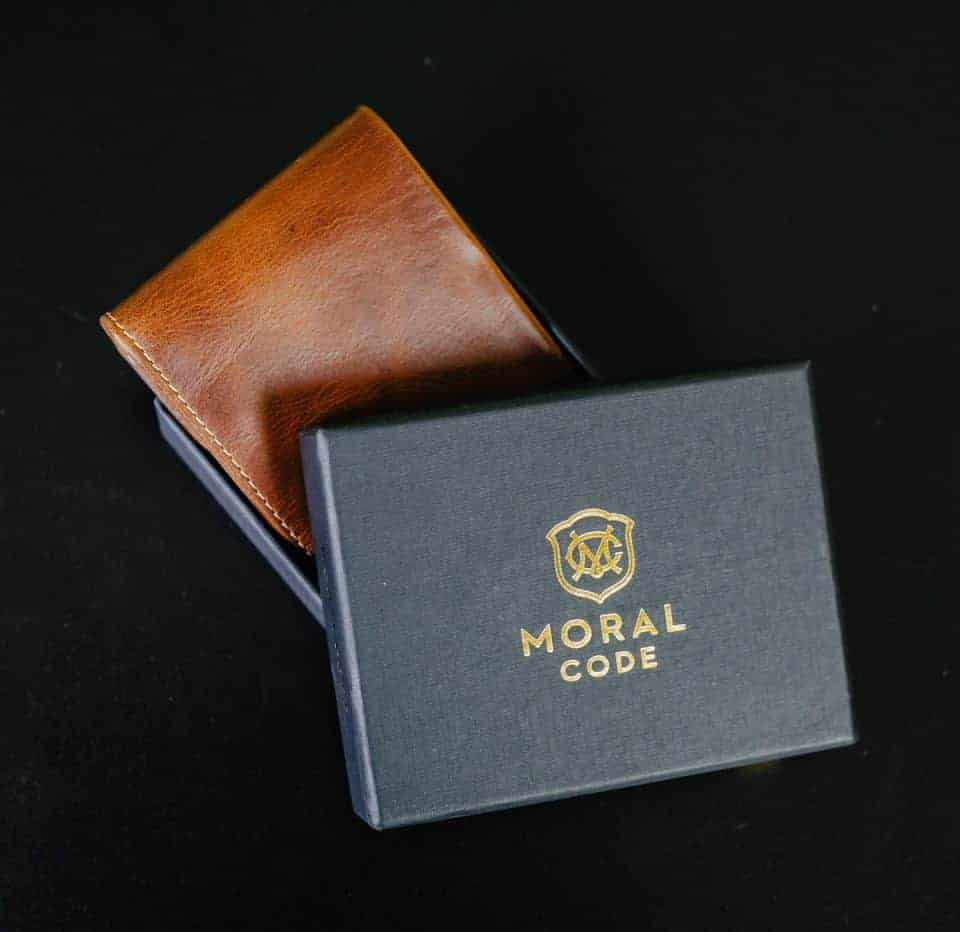 moral-code-wallet-fathers-day-gift-guide (7)