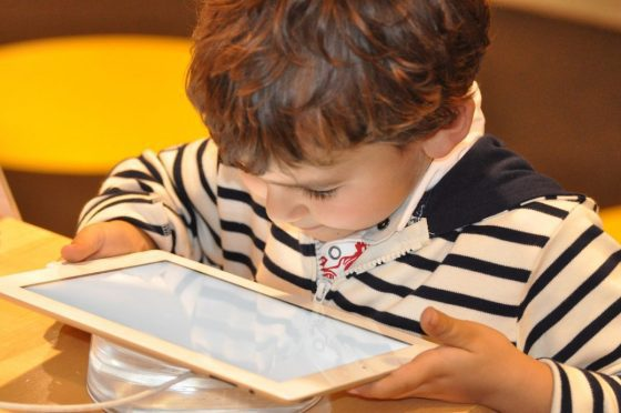 5 Tips To Keep Your Kids Safe Online