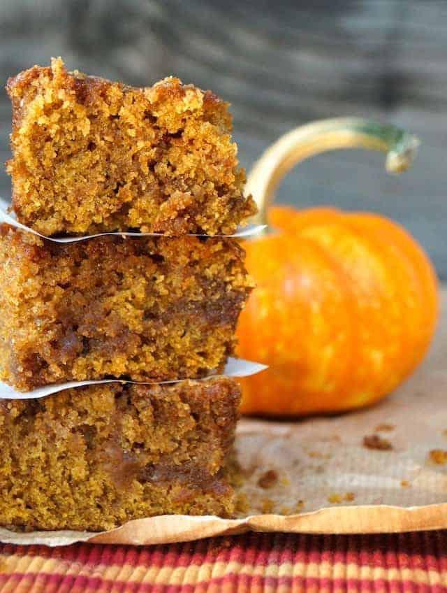 Pumpkin-Chai-Spiced-Caramel-Coffee-Cake-1