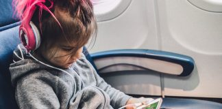 7 Tips For Flying With Kids