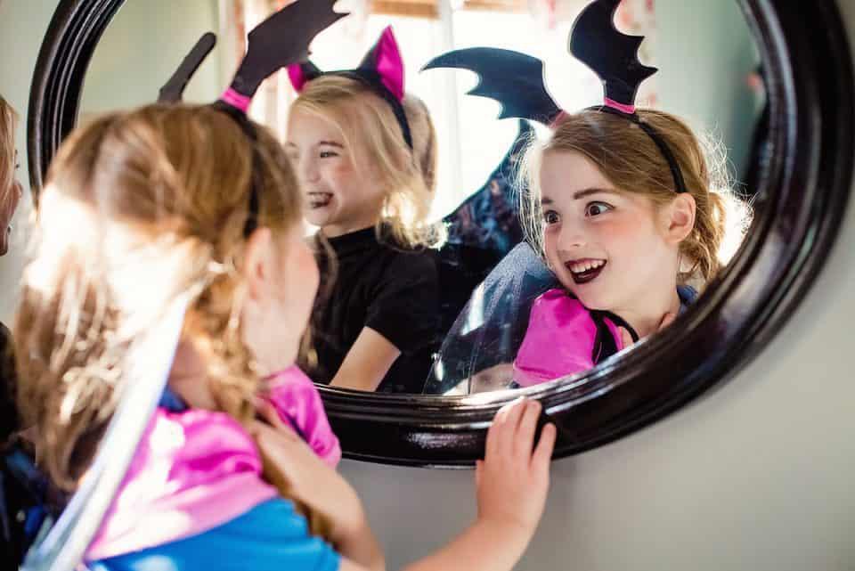 Mavis Makeup