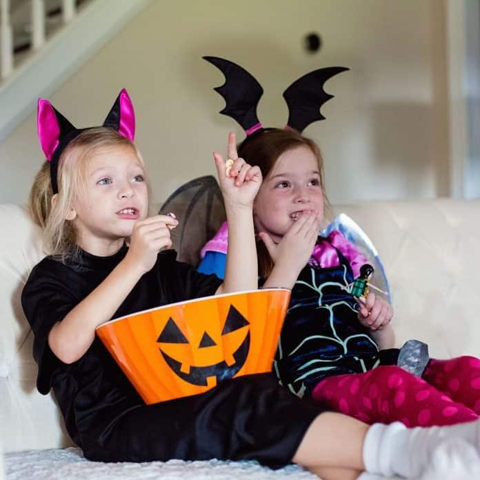 8 Ways To Make This Halloween Boo-tastic!