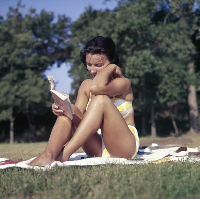 5 Reasons Why Moms Should Make Time To Read