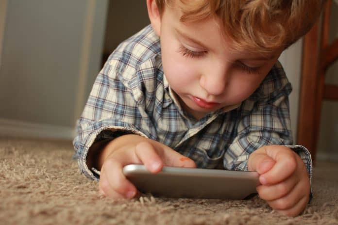 7 Benefits Of Exposing Young Children To Modern Technology
