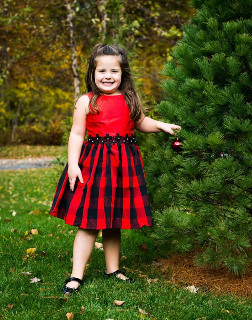 pippa and julie DAILY MOM PARENTS PORTAL holiday 2018 Christmas outfits for kids