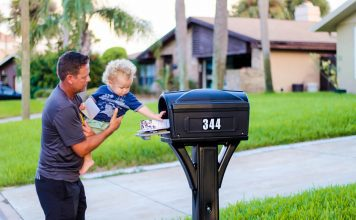 15 Things Your Mail Carrier Wants You To Know