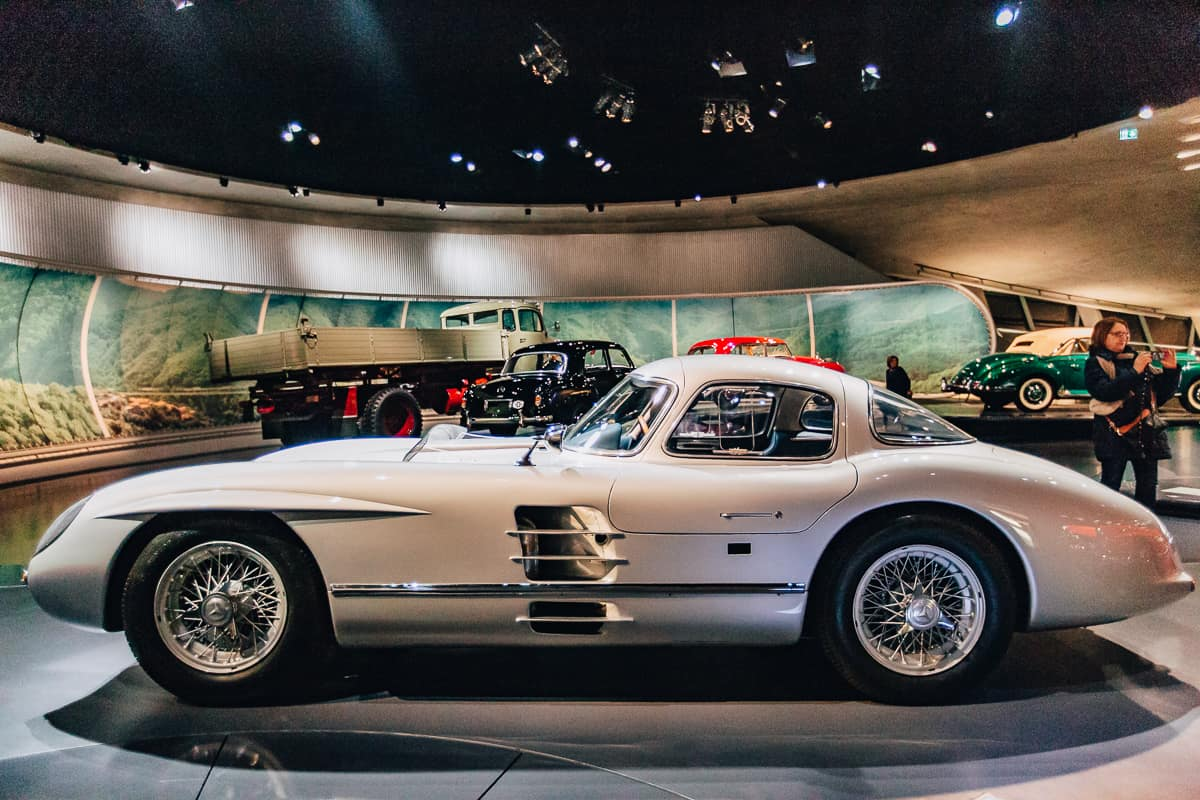Daily Mom Mercedes Museum 2885