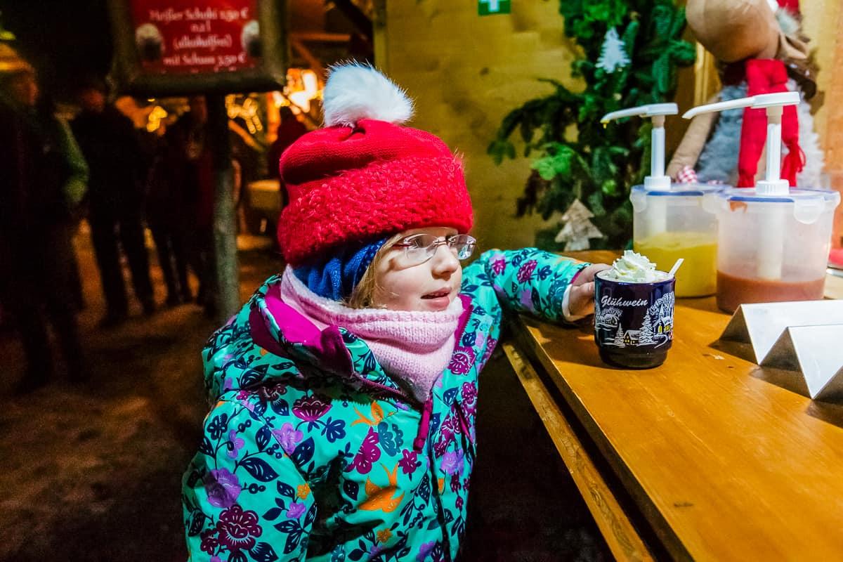Daily Mom Ravenna Gorge Christmas Market 1267