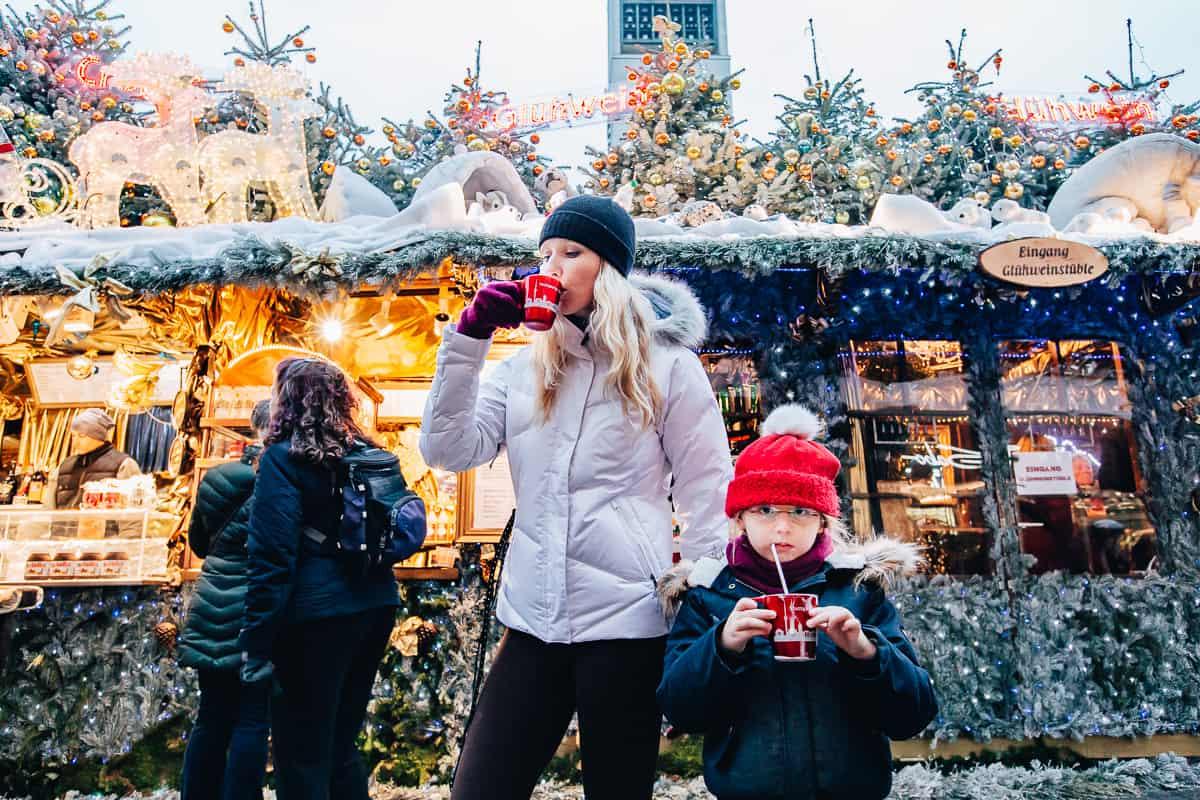 Daily Mom parents portal Christmas market 2833 1