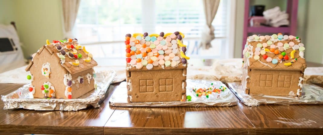 How To Host A Stress-free Gingerbread House Party