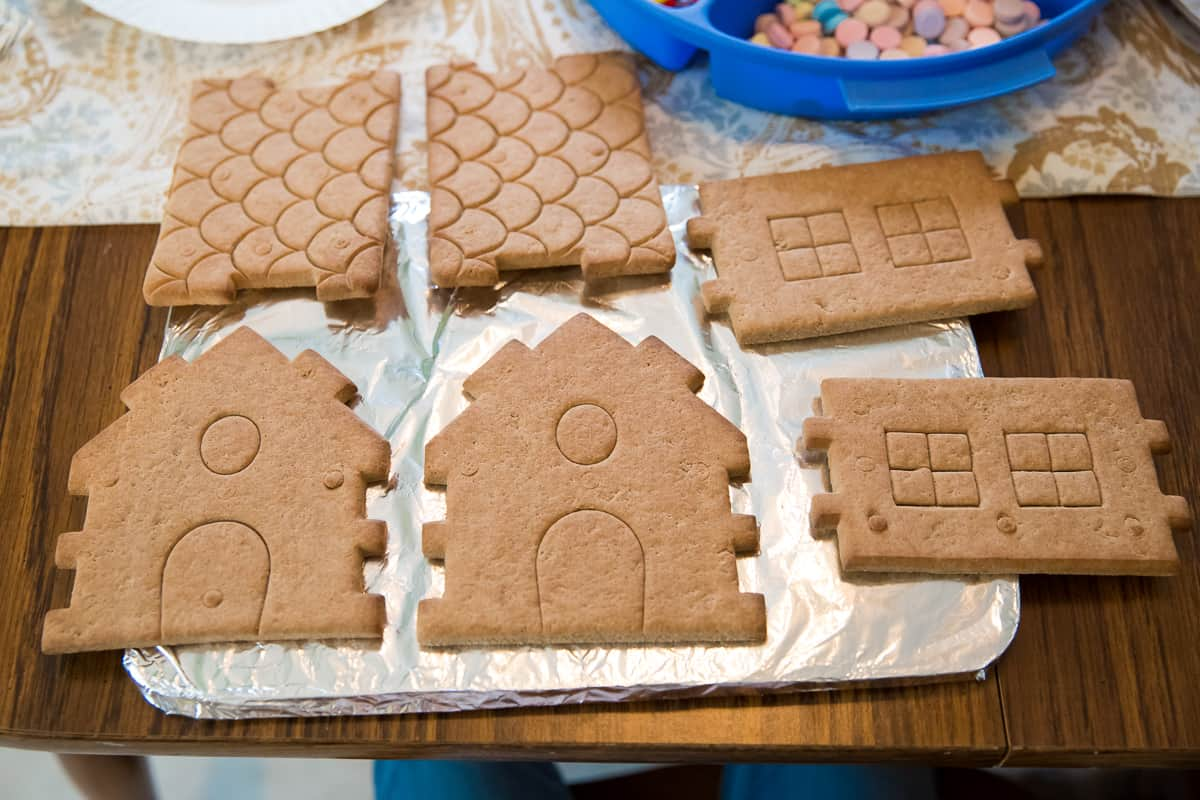 Daily Mom parents portal gingerbread party 4