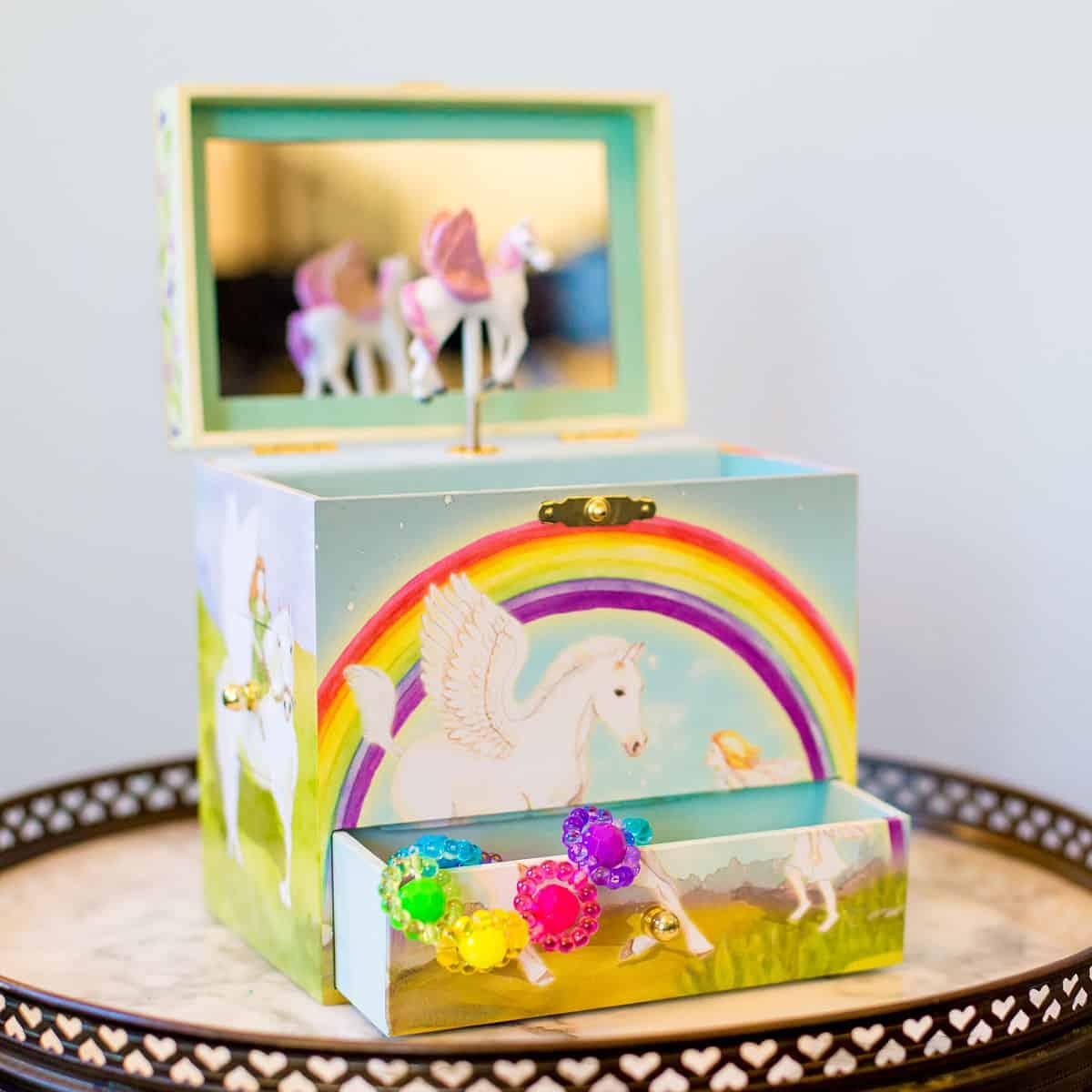 Daily Mom parents portal holiday Enchantments Musical Treasure box top toys 2018