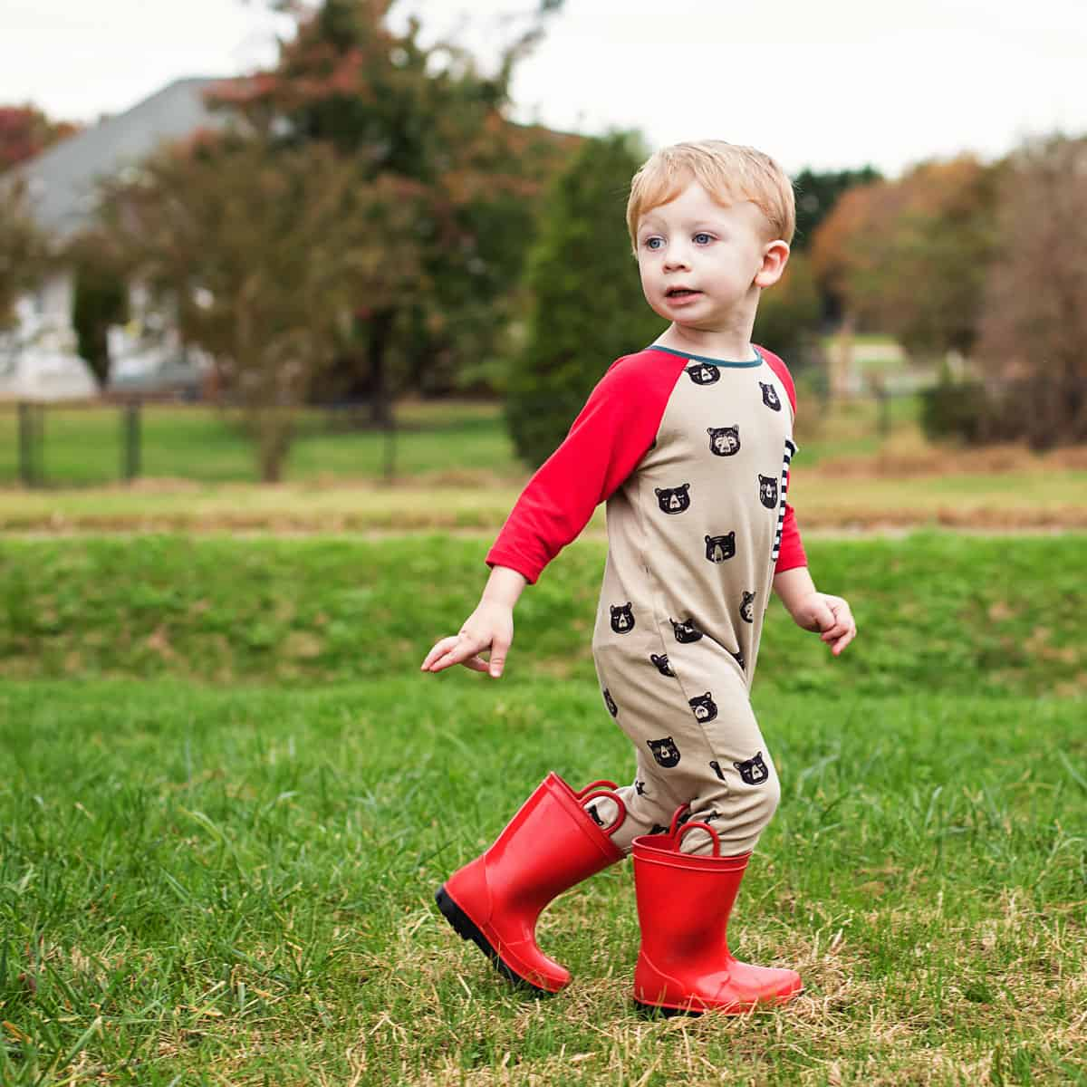 Daily Mom parents portal fall clothing 2018 Rags to Raches Fall Bears 1