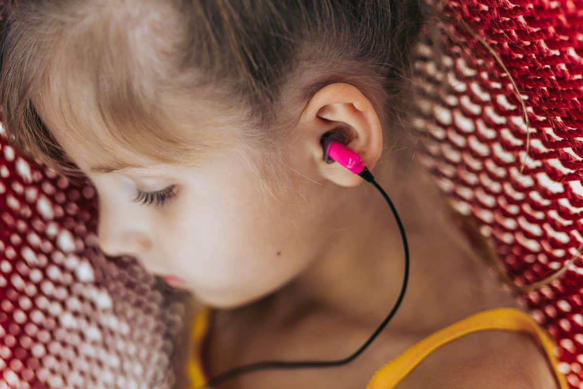 Daily Mom parents portal ETY headphones holiday gift guide daily mom parent portal unique gifts for kids