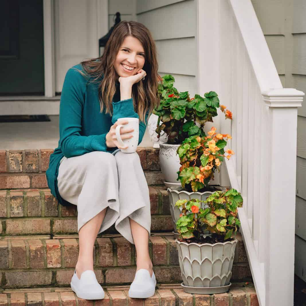 Comfortable Clothing Essentials For Mom