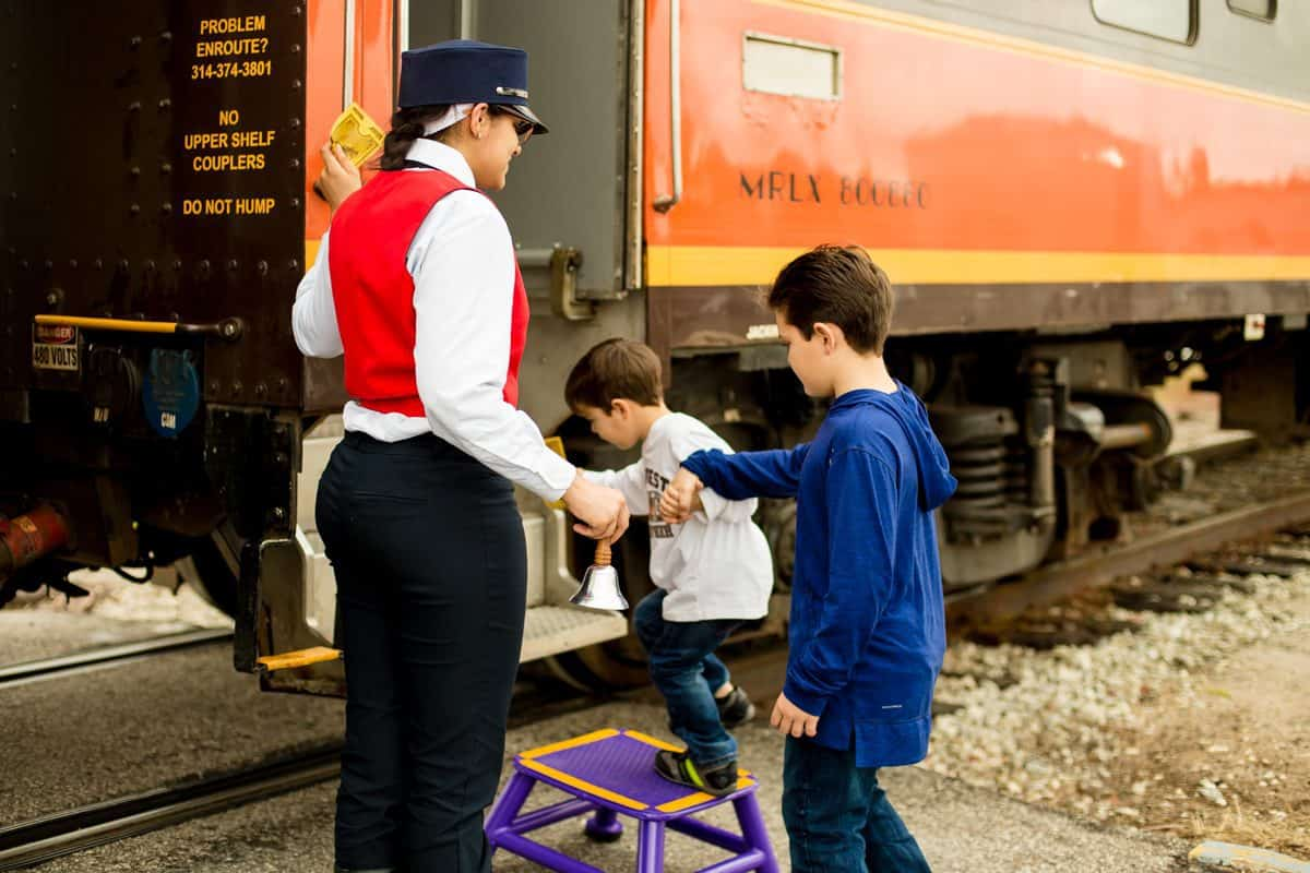 daily mom parents portal polar express christmas events in orlando 8