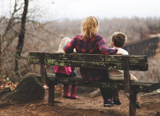 Moms With Depression Can Lean On Their Partners