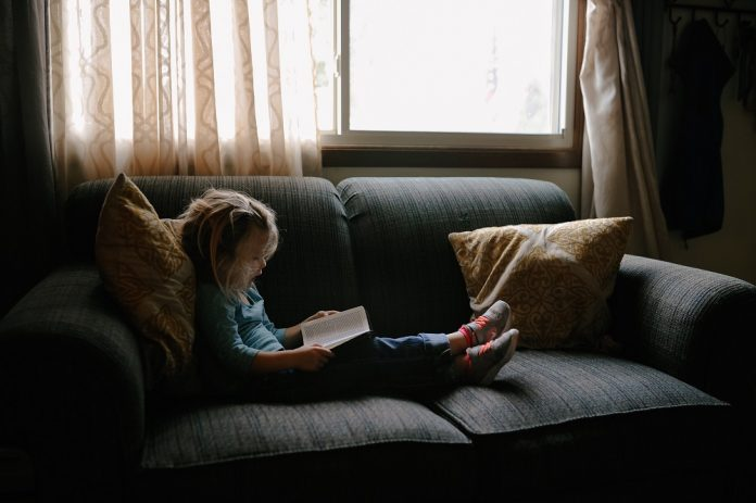 Your Kids Hate Reading? How To Make Reading Fun As A Parent