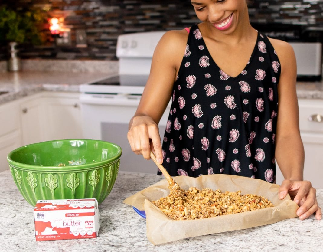 10 Healthy Granola Bars Recipes For Moms On The Go
