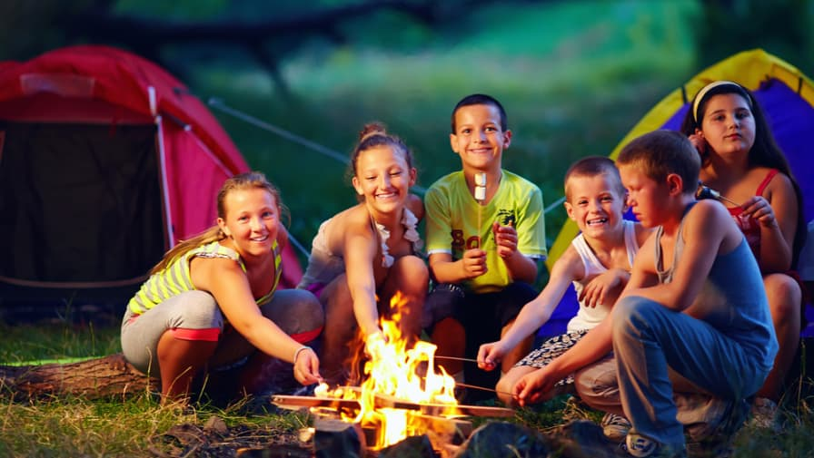 10 Best Camp Songs For Kids