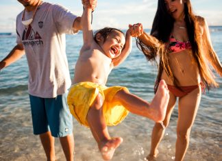 daily-mom-parent-portal-Why Raising A Beach Baby Is An Absolute Must!