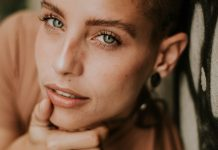 17best Summer Makeup Products For Hot Summer Looks
