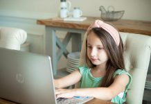 daily-mom-parent-portal-10 Hilarious Things From Distance Learning You Don't Want To Admit