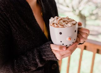 daily-mom-parent-portal-12 Easy And Delicious Thanksgiving Drinks For Kids (and Adults)!