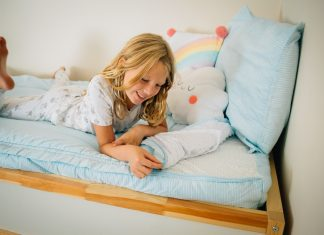 Bedmaking Made Easy With Beddy's