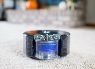 Daily Mom Spotlight: Dyson 360 Eye Robot