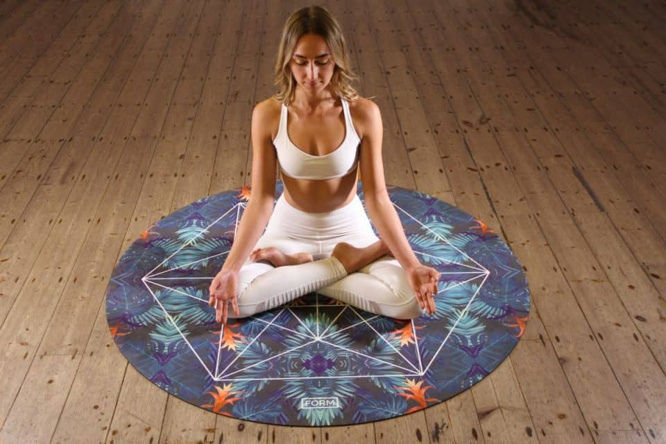 7 Ways Yoga Can Help Your Marriage and Sex Life 3 Daily Mom Parents Portal